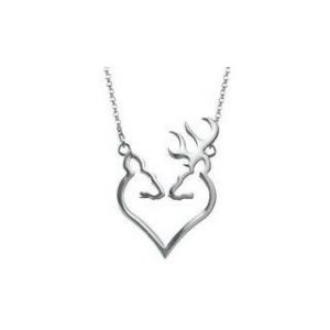 Buck heart pendant necklace